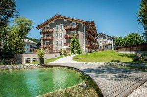 Q!-Resort, Hotel, natura, lago