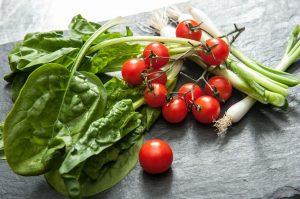 cibo bascio, digiuno, verdura, alimentazione sana