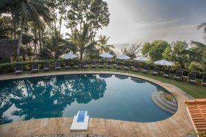 Somatheeram Ayurvedic Health Resort- Piscina esterna
