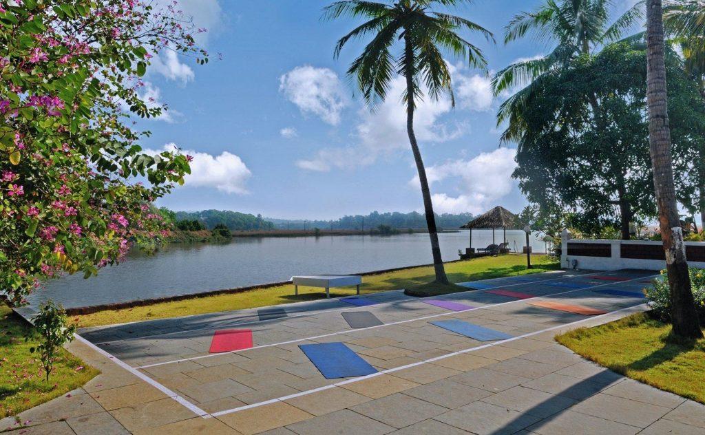 Devaaya Ayurveda & Nature Cure Center, vista della terrazza dove si pratica yoga