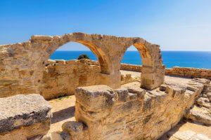 Rovine di unteatro romano in Grecia a Calcidica