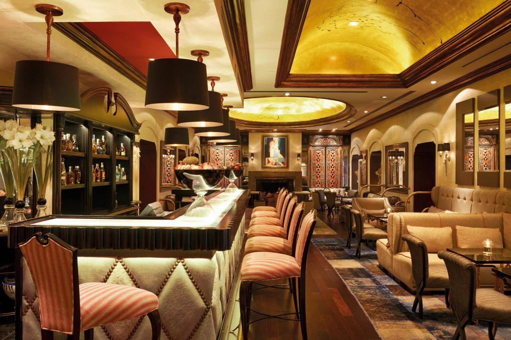 Bar lounge Mabella Club