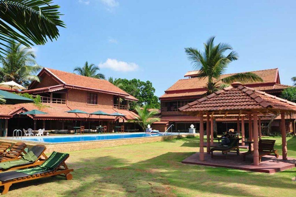 Anjayu villa, villa piscina