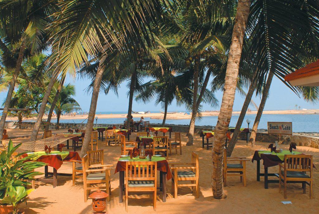 Beach Lake Ayurvedic Resort Restaurant