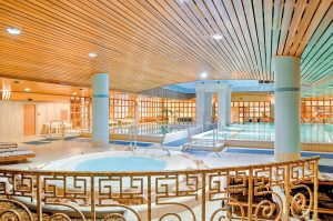 hotel, piscina, terme, budapest, ungheria, centro termale, benessere
